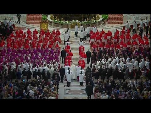 Βατικανό: Χειροτονία 13 Καρδιναλίων
