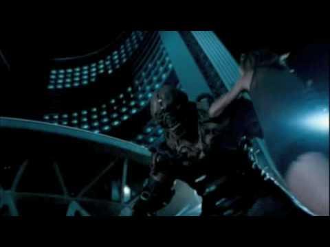 Resident Evil Apocalypse - Alice Fights Nemesis
