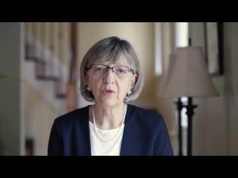 Канадская писательница в видеопослании к украинским родителям призвала любить своих детей, какой бы ориентации они ни были