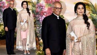 Video Juhi Chawla With Husband Jay Mehta At Sonam kapoor & Anand Ahuja's Wedding Reception MP3, 3GP, MP4, WEBM, AVI, FLV Mei 2018