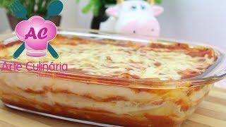 Que tal preparar um almoço delicioso, bem rapidinho? Pois bem, hoje eu vou ensinar a fazer uma deliciosa Lasanha com Purê de Batata, pensa em uma receita que muito fácil e rápida de fazer, então é seu dia de sorte, VAMOS APRENDER.INSCREVA-SE e ative as notificações para não perder nenhuma receitinha! https://goo.gl/mKAbULFaça parte também:❤INSTAGRAM:https://www.instagram.com/arte.tatapereira/❤SNAPCHAT: arte.culinaria❤Canal da minha filhinha Gabi:  https://goo.gl/Yyv5RS Anuncie aqui no canal Arte Culinária:contato.arteculinaria@hotmail.comPara envios de correspondências e entregas:Tata Pereira Caixa Postal:1707, Sorocaba SP, CEP:18015-970❤Playlist com receitas SALGADAS https://goo.gl/iC6HCV❤Os ingredientes são:3 batatas (350g) descascadas1 colher (sopa) de margarina ou manteiga1/2 xícara (chá) de leitePimenta do reino (A gosto)Sal (A gosto)Molho de tomate pronto (A gosto)Massa de lasanha frescaMuçarela fatiada (A gosto)Presunto fatiado (A gosto)Queijo Parmesão fresco ralado (A gosto)