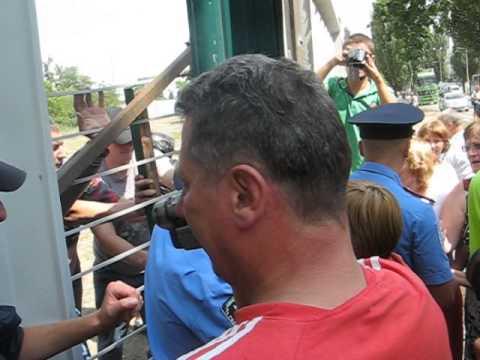 Киевляне отстояли сквер на Березняках