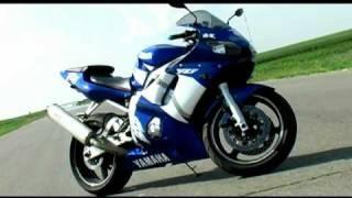 5. YAMAHA YZF R6 2000