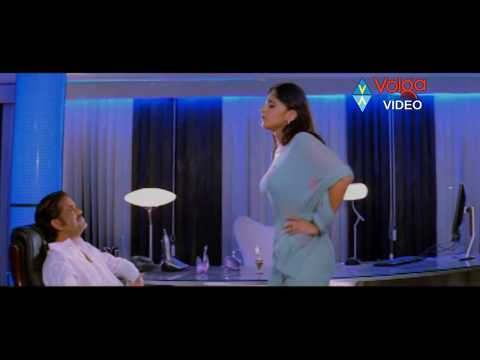 XxX Hot Indian SeX Anushka Came To Nagarjuna And Give Kiss To Nagarjuna Akkineni Nagarjuna Anushka Shetty.3gp mp4 Tamil Video