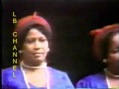 hobolada waaberi - Hobolada Waaberi oo bandhig faneed kusoo bandhigay wadanka shiinaha 1980's. ANAGA IYO SHIINUHU ILAA ABEDKAYO ABED ANAGA IYO SHIINUHU ILAA ABEDKAYO ABED WAXAA...