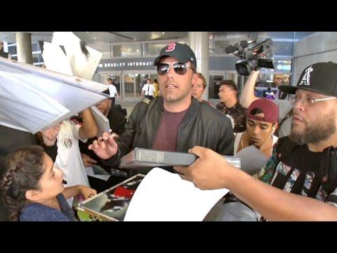 'Batman' Ben Affleck Overwhelmed By Jennifer Garner, Matt Damon, And Tom Brady Questions At LAX