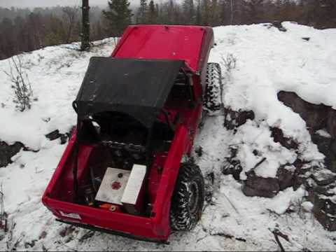 V10 Early Bronco 4x4 Jeep Hill Climb on rock and snow .wmv