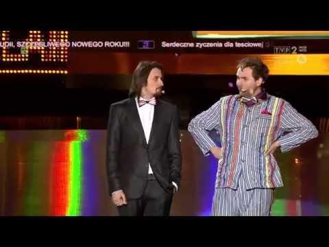 Tekst piosenki Kabaret Skeczów Męczących - Leciałem tam z moją starą... po polsku