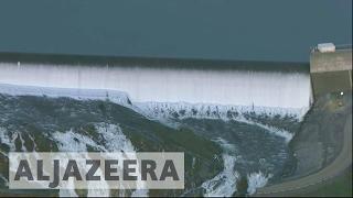 Damaged California dam prompts urgent evacuations