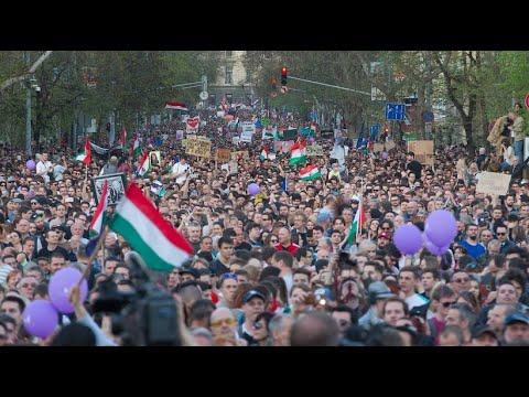 Ungarn: Zehntausende fordern Reform des Wahlgesetzes