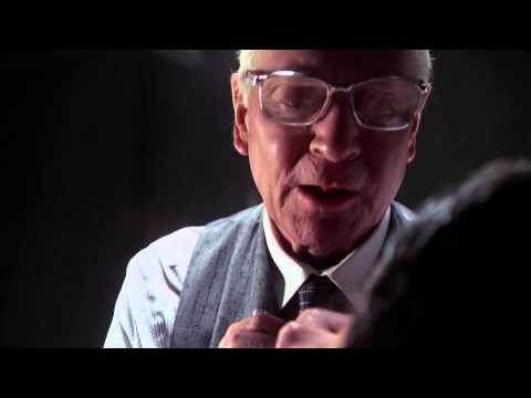 Marathon Man - Dustin Hoffman - Getting Grilled While Drilled - HD