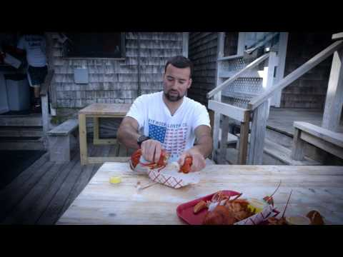 SAS Boston - How to eat a lobster
