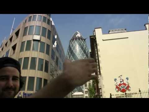 Jerking off buildings in London
