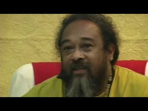 """Mooji Video: Looking at the Meaning of """"Here"""""""