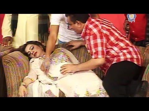 Run Out | Nasir Chinyoti | Gulfam | Sakhawat Naz - Comedy Stage Drama Clip