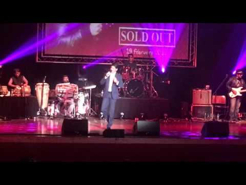 Video Chand Sifarish... Shaan in concert. Leicester 2016 download in MP3, 3GP, MP4, WEBM, AVI, FLV January 2017