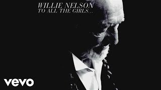 Willie Nelson videoklipp From Here To The Moon & Back (feat. Dolly Parton)