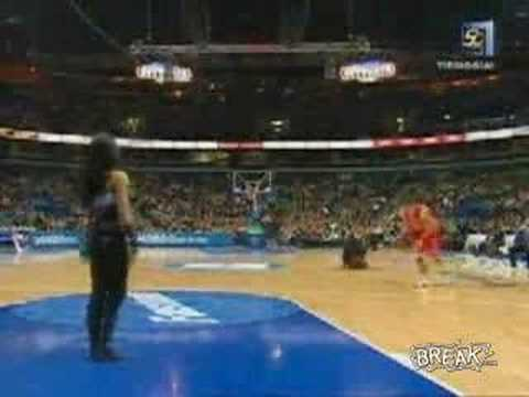 Girl Owned In Slam Dunk Contest