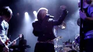 Download Lagu Cinema Bizarre - Je Ne Regrette Rien. Shake your Ass. Tivoli 2009. Mp3