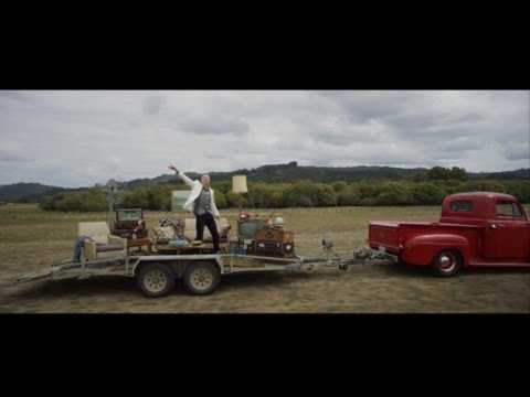 MACKLEMORE & RYAN LEWIS - CAN'T HOLD US FEAT. RAY DALTON (OFFICIAL MUSIC VIDEO) (видео)