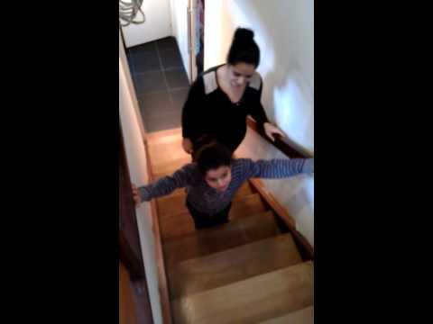comment monter escalier avec poussette
