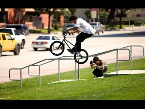 Смотрим внимательно, трюки на велосипеде делают сами велики которые делают трюки bmx