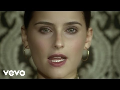 Nelly Furtado - Try lyrics