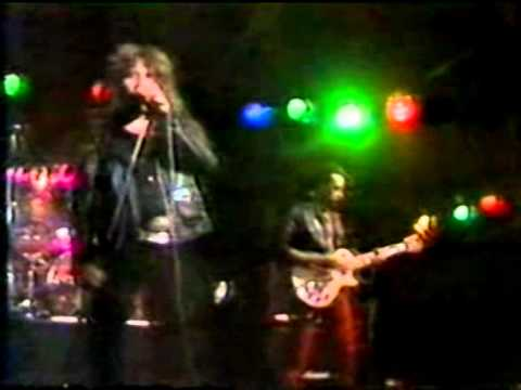 Más duro que nunca Musical express 1983