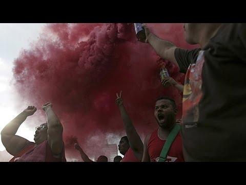 Βραζιλία: Σε τεντωμένο σκοινί η πρόεδρος Ρούσεφ