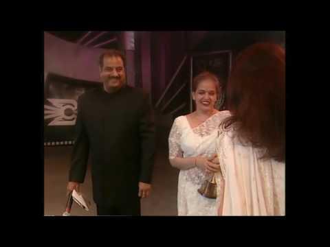 Video Zee Cine Awards 2000 Best Actress Aishwarya rai download in MP3, 3GP, MP4, WEBM, AVI, FLV January 2017