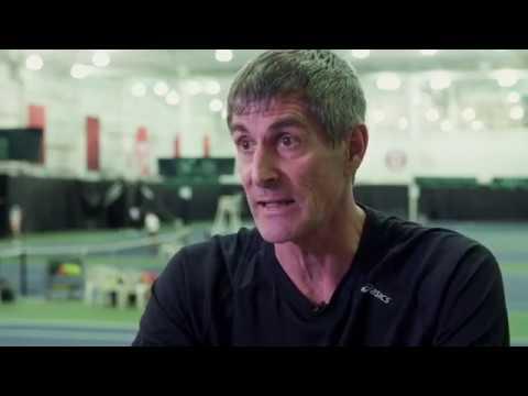 Capitaine de l'équipe canadienne lors des compétitions juniors de Davis Cup la fin de semaine dernière au Stade IGA, Martin Laurendeau valorise l'esprit ...