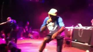 Odd Future & Frank Ocean - She (Live At House Of Blues Sunset)