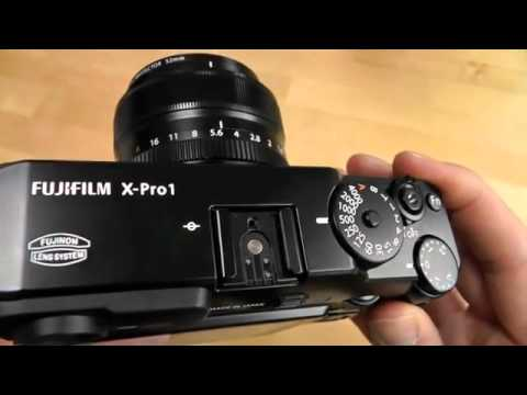 Fujifilm X-Pro1 Mirrorless Camera Hands On Review [HD]