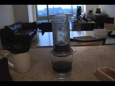 How to use the AeroPress coffee / espresso maker – Aeropress review Aero Press