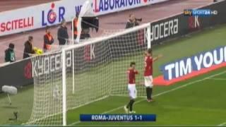Draw with Roma leaves the Old Lady stuck with Udinese at the top of the table, but goal difference favors Turin club. Empate com o Roma deixa a Velha Senhora colada com o Udinese no topo da tabela, mas saldo de gols favorece equipe de Turim.