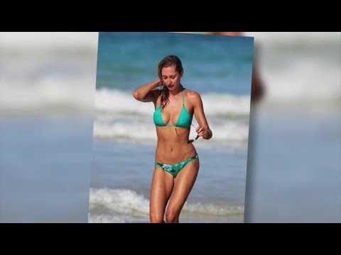 Lauren Stoner Shows Off Her Amazing Body in Another Tiny Bikini – Splash News