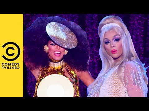 The Queens Hit The Runway   RuPaul's Drag Race All Stars 3