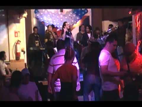 grupo kandelazo merengue electronico  en el rincon cubano (видео)