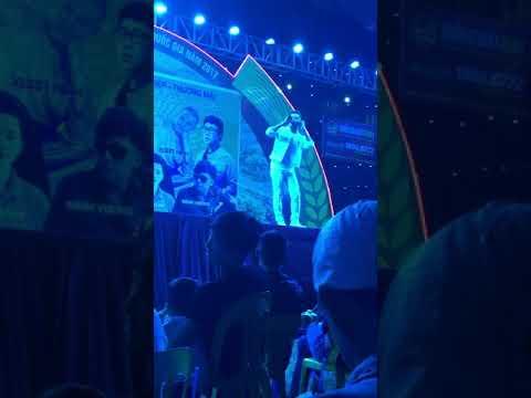 Tuấn Hưng Hát Tại hội chợ Bắc Giang 21/10/2017