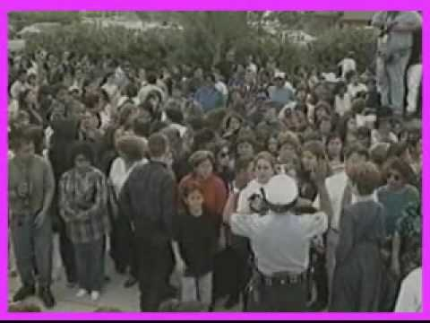 Selena - Noticias sobre el funeral de Selena en Abril de 1995.