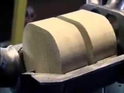 How To Scrap A Catalytic Converter For Metal Scrap Metal Platinum Gold Make Money Cash