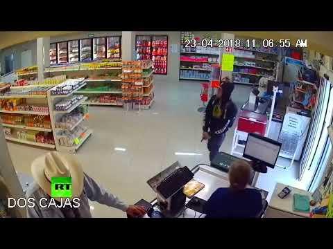 Dlaczego nie warto robić napadu w sklepie, w którym robi zakupy prawdziwy cowboy