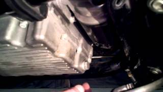 7. Harley V-rod  Oil Change