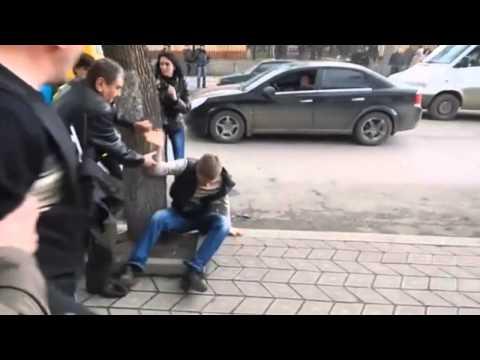 Посланника Порошенко, Лёшу Гончаренко избили в Одессе помощники Саакашвили. 29.08.2015