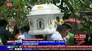 Video Prosesi Pemakaman Besan Jokowi di TPU Purwoloyo MP3, 3GP, MP4, WEBM, AVI, FLV Mei 2018