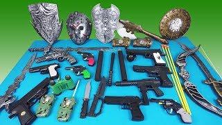 Video Army Weapons Pistols Hatchet Sword Shield Shield Video for Kids! MP3, 3GP, MP4, WEBM, AVI, FLV Desember 2018