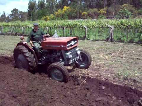 Tractor Massey Ferguson 135