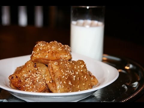 Recette Rghaifs Frits aux Amandes – Fried Rghaifs with Almonds Recipe – Recettes Maroc