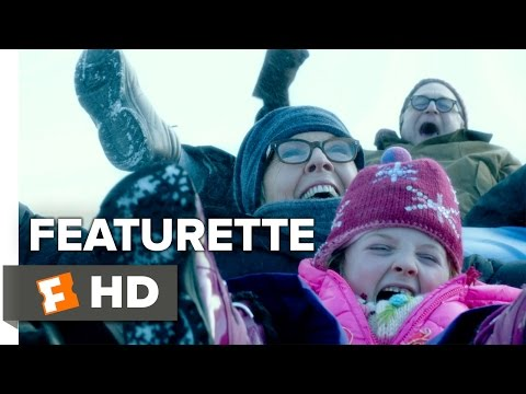 Love the Coopers (Featurette 'Directing the Coopers')