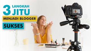 Di video ini, saya membahas tiga kebiasaan (paling penting) untuk menjadi blogger sukses. Dengan menerapkan tiga kebiasaan ini, Anda bisa menjadi seorang blogger sukses. Tiga kebiasaan untuk menjadi blogger sukses antara lain : 1. Terus belajar (terutama bidang yang berkaitan dengan blog Anda).Terus tingkatkan pengetahuan Anda, terutama pengetahuan tentang bidang blog Anda. Jadilah blogger yang expert/ahli di bidang blog Anda. Contoh, jika Anda punya blog tentang marketing, maka jadilah ahli dalam bidang marketing. Dengan demikian, apa yang Anda tulis menjadi lebih berkualitas dan unggul dibanding konten lain di internet. 2. Selalu catat setiap ide Anda. Makin lama Anda menekuni blogging, Anda akan punya banyak ide. Tiap kali Anda mendapatkan ide, selalu catat ide tersebut. Hal ini bertujuan agar ide-ide Anda tidak hilang begitu saja. 3. Wujudukan ide Anda.Jangan hanya mencatat ide Anda, tapi juga wujudukan ide tersebut. Ide tidak harus diwujudkan dalam hitungan hari/minggu. Anda bisa mewujudkan ide tersebut ketika Anda sudah punya waktu dan siap. Jangan takut ide Anda akan berhasil atau tidak, yang paling penting Anda mencoba. Itulah 3 kebiasaan untuk menjadi blogger sukses. -----Ikuti kursus online blogging di sini : http://PanduanBlogging.comKunjungi web saya : http://JagoanPassiveIncome.com. Follow Twitter saya : http:/Twitter.com/JefferlyHelianSumber musik : Bensound.com dan YouTube Audio Library.